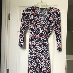 Banana Republic Wrap Dress - size XS